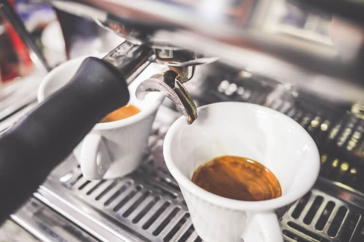 Best Home Espresso Machine [Buyer's Guide & Reviews]